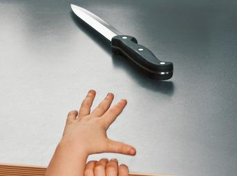 kinderhand-und-messer